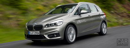 BMW 225i Active Tourer - 2014