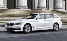 Обои автомобили BMW 520d Touring Luxury Line - 2017