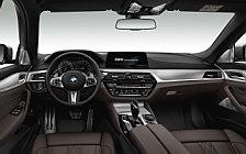 Обои автомобили BMW M550d xDrive Touring - 2017