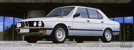 BMW 5-series E28