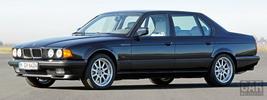 BMW 750iL E32