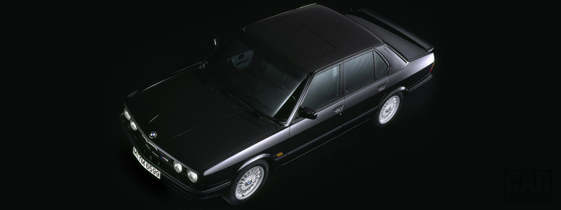 Обои автомобили BMW M5 E28 - Car wallpapers