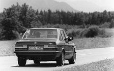 Обои автомобили BMW M5 E28